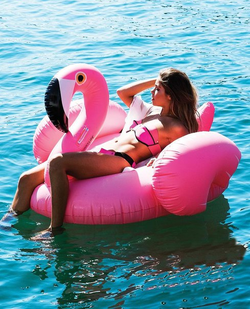 Матрас розовый фламинго 150см