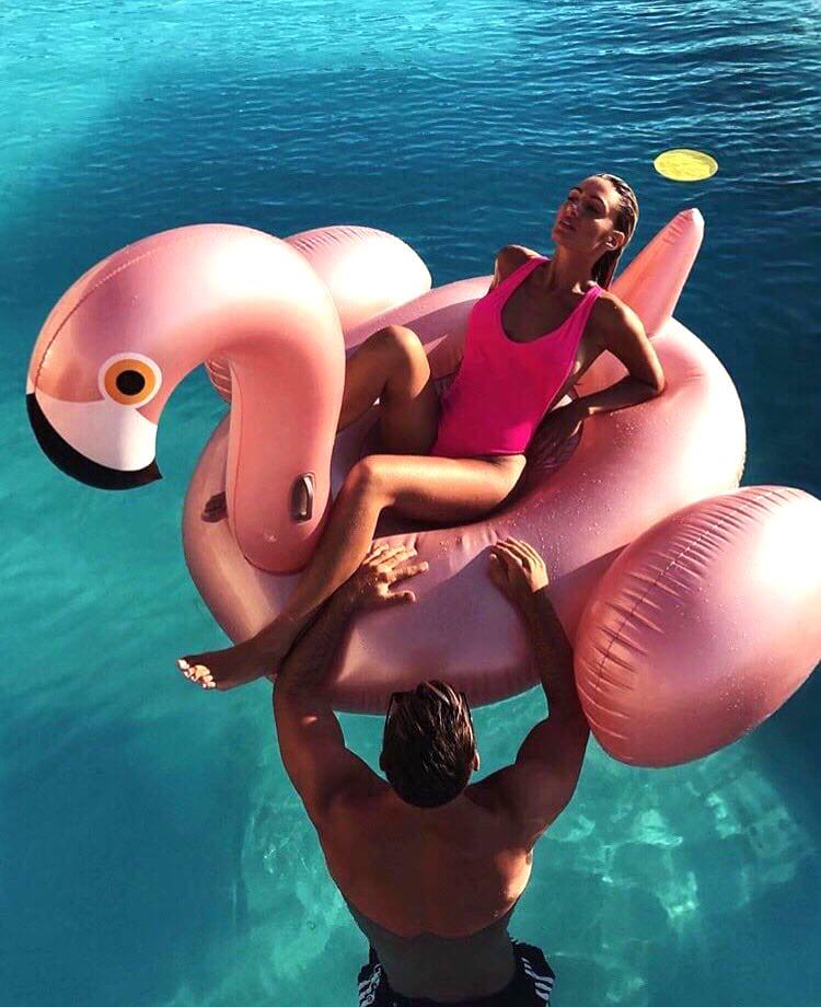 Золотой фламинго 190см